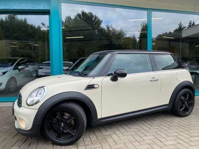 tweedehands Mini Cooper ONE 1.6 122pk Climate, 16Inch, PDC