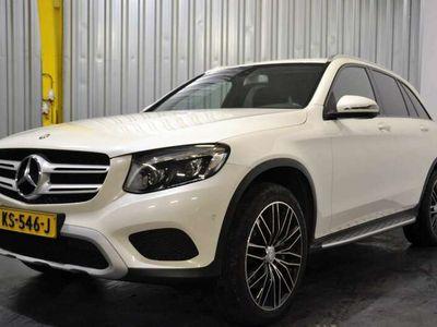 tweedehands Mercedes GLC350 350e 4MATIC Amb.