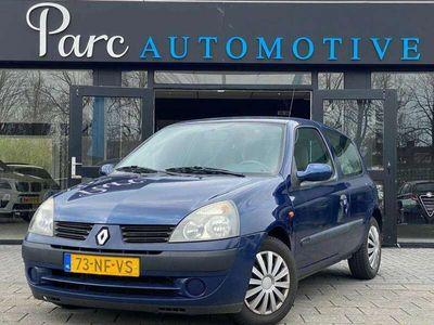 tweedehands Renault Clio 1.6-16V Privilège, Aut., Airco, Cruise!