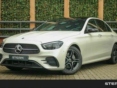 tweedehands Mercedes E200 E-KlasseLimousine Automaat Business Solution AMG | Premium Pakket | Nightpakket | Panoramadak | Sfeerverlichting