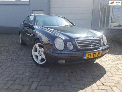 tweedehands Mercedes CLK200 Coupé Elegance aut airco leer