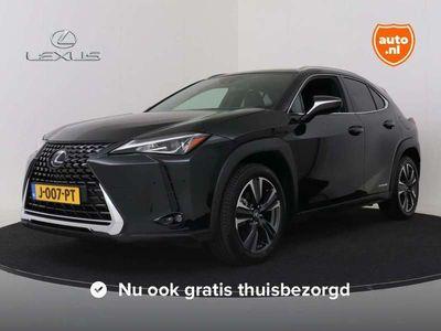 "tweedehands Lexus UX 250h AWD Luxury Line Limited Navigatie| 18""| Keyless en"