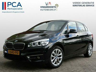 tweedehands BMW 225 2-SERIE Active Tourer i * 230 pk * Automaat * Cognac Leder * Navigatie * Electr Achterklep * Camera * Zwart * Vingerhoets; Vierde generatie, Eersteklas Service ! + 1.300 klantenreviews, 99% aanbeveling !