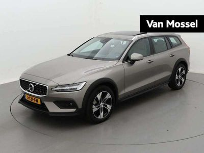 tweedehands Volvo V60 CC t5 250pk awd geartronic cross