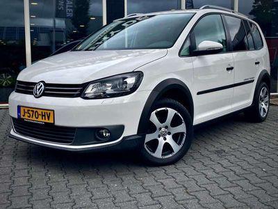 tweedehands VW Touran Cross 1.4 TSI 7p. Xenon/panorama/leer/navi