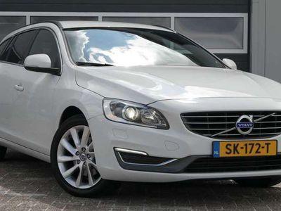 tweedehands Volvo V60 1.6 D2 Momentum - Airco - Vol opties - Elek. pakke