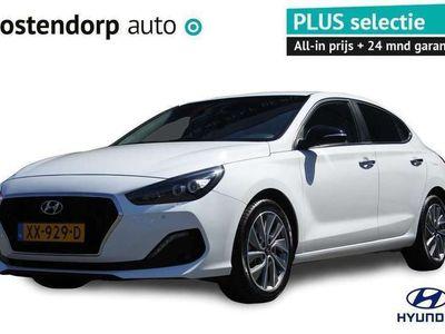 tweedehands Hyundai i30 Fastback 1.4 T-GDI Premium Navigatie   Airco (automatisch)   Achteruitrijcamera