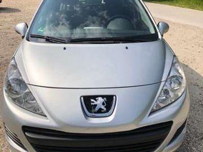tweedehands Peugeot 207 1.4 VTi X-Line