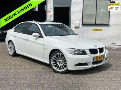 tweedehands BMW 325 325 i Executive AUT/ Schuifdak/ Leer/ Cruise/ APK
