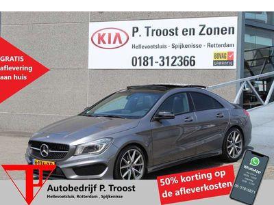 tweedehands Mercedes CLA200 Automaat/AMG Pakket/Panoramadak/Navigatie/Parkeers