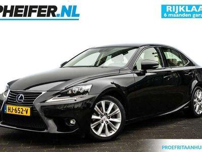 tweedehands Lexus IS300 223pk Luxury Line Leer/ Stuurverwarming/ Dodehoek