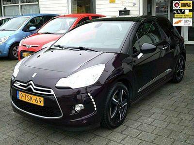 tweedehands Citroën DS3 1.2 VTi Business (LMV/NAV/ECC)