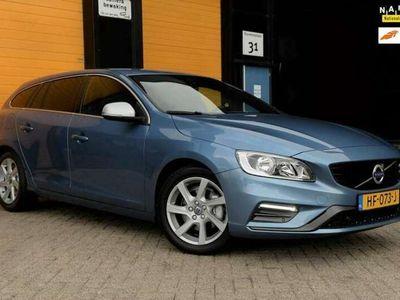 tweedehands Volvo V60 2.0 D3 R-Design Business / AUT / 150 PK / Navi / E
