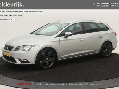 tweedehands Seat Leon 1.6 TDI Style | Navigatie | PDC | Climate control | Cruise c