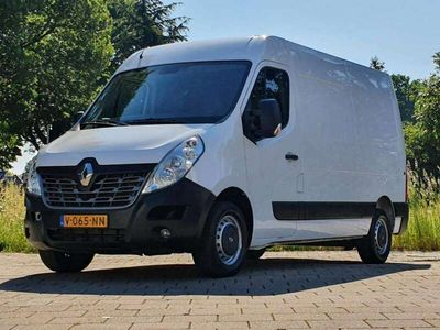 tweedehands Renault Master T35 2.3 dCi L2H2, AIRCO CRUISE, 131 PK! 3 zits