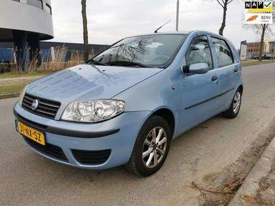 tweedehands Fiat Punto 1.2 Dynamic/AIRCO/5DEURS/NAP/2XSLEUTELS/ELEK RAMEN
