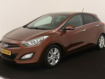 tweedehands Hyundai i30 1.6 GDI i-Vision // LEDER // NAVI // KEYLESS // CRUISE //