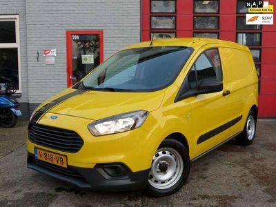 tweedehands Ford Transit Courier 1.5 TDCI Ambiente // 22.000 km Nieuwstaat !!