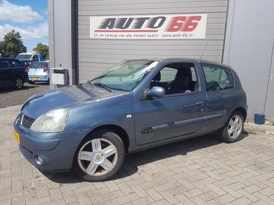 tweedehands Renault Clio 1.4 16V Billabong