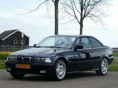 tweedehands BMW 320 320 Coupé i Sport * 6 Cillinder * KOOPJE! *