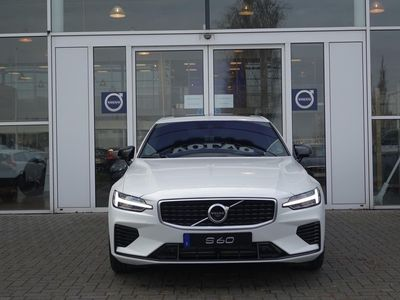 tweedehands Volvo S60 new t6 te awd 340pk aut8 r-design luxury intellisa