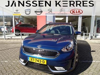 tweedehands Kia Niro 1.6 GDi Hybrid DynamicLine NAVIGATIE / CAMERA / BT