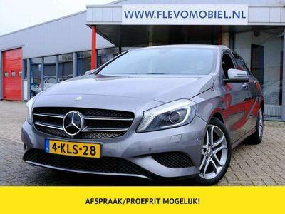 tweedehands Mercedes A180 Ambition Xenon|Halfleder|Sportstoel|Navi|LMV