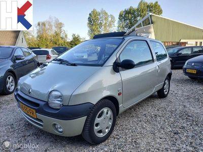 tweedehands Renault Twingo 1.2 Initiale AUTOMAAT Panoramadak Leder inter