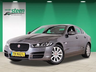 tweedehands Jaguar XE 2.0 R-SPORT PRO ED. AUT. / NAVI / CAMERA / LEDER / SPORTSTOELEN / PARKASSIST / RIJSTROOK / ECC / CRUISE / PDC / LMV18 / BTW