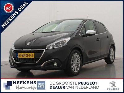 tweedehands Peugeot 208 1.2 82pk Allure   Navigatie   Parkeersensoren   Climate control   Lm velgen  