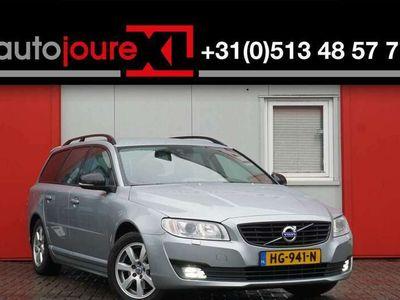 tweedehands Volvo V70 2.0 D3 Dynamic Edition | Leder | Xenon |