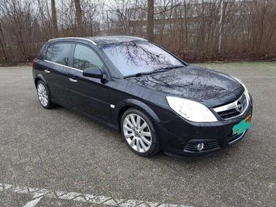 tweedehands Opel Signum 2.2-16V Executive