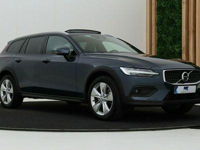 tweedehands Volvo V60 CC CC Cross Country 2.0 B5 AWD Pro | A | 360° Camera | Panoramadak | Head-Up | Leder | Standkachel | Harman/Kardon | Apple Carplay | Keyless