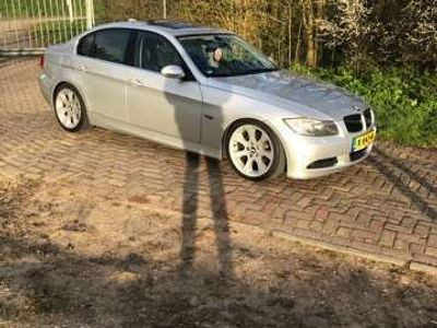 tweedehands BMW 325 i