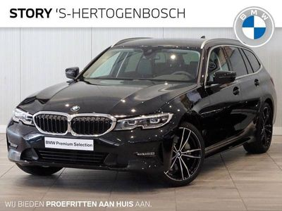 tweedehands BMW 330 3-SERIE Touring i High Executive Automaat / Live Cockpit Professional / Sportstoelen / Chrome Line / HiFi / Stoelverwarming / 17 Inch