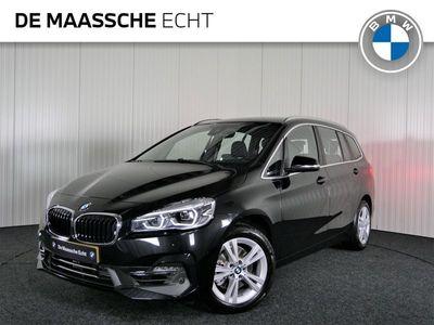tweedehands BMW 218 2-SERIE Gran Tourer i 7p. Executive Edition / Head-up Display / Trekhaak