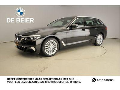 tweedehands BMW 520 5 Serie i LED / Leder / Navigatie / Comfortzetels / Chrome line ext. / Schuifdak / Stoelverwarming / DAB / Hifi speakers / Alu 18 inch