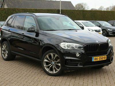 tweedehands BMW X5 xDrive30d High Exe. / Leder / Camera / 20inch / sidebars / Nwst!