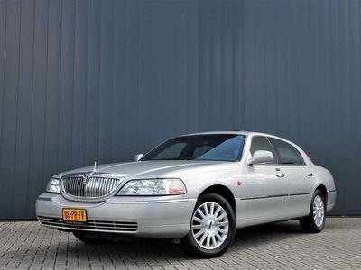 tweedehands Lincoln Town Car 4.6 Signature AUTOMAAT / LEDER / SCHUIFDAK / YOUNG