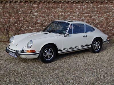 tweedehands Porsche 911 2.2 T matching numbers factory sunroof