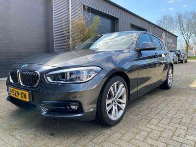 tweedehands BMW 118 Sport Line Automaat/Navi/Stoelverw/Connected