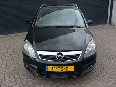 tweedehands Opel Zafira 2.2 Executive
