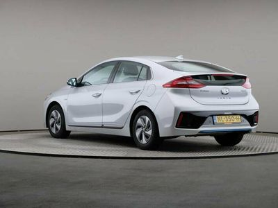tweedehands Hyundai Ioniq 1.6 GDI Blue HEV Premium, € 17.900