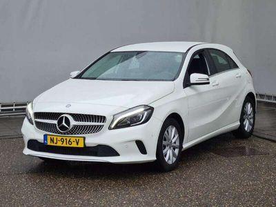 tweedehands Mercedes A160 Ambition Navigatie, Airco, Parkeersensoren, verw