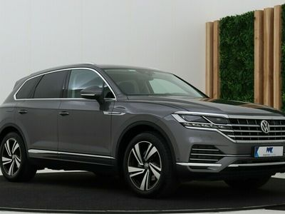 tweedehands VW Touareg 3.0 TDI Elegance | Luchtvering | Head-Up | Keyless | Head-Up | Camera | Standkachel | Trekhaak | 20 Inch