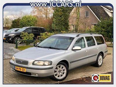 tweedehands Volvo V70 2.4 D5 / AUTM / NAVI / ECC / LEER !!!