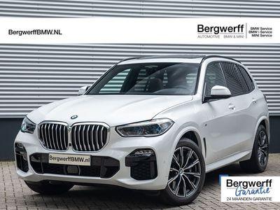 tweedehands BMW X5 xDrive40i M-Sport | Panorama | Trekhaak | Standkachel | ACC