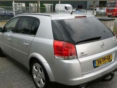 tweedehands Opel Signum 3.2 V6 Sport INRUILMOGELIJK!
