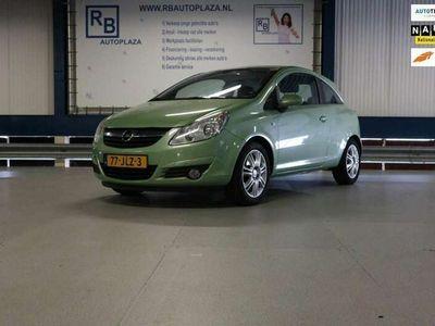 tweedehands Opel Corsa 1.4-16V Cosmo / Velg / NAP / GREEN LABEL / 111 !