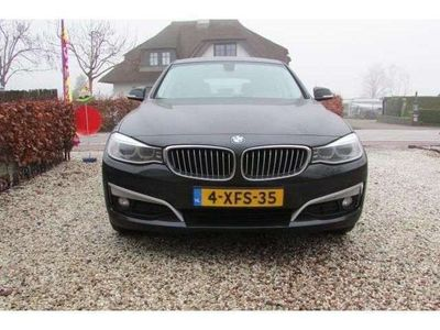 tweedehands BMW 318 d High Executive